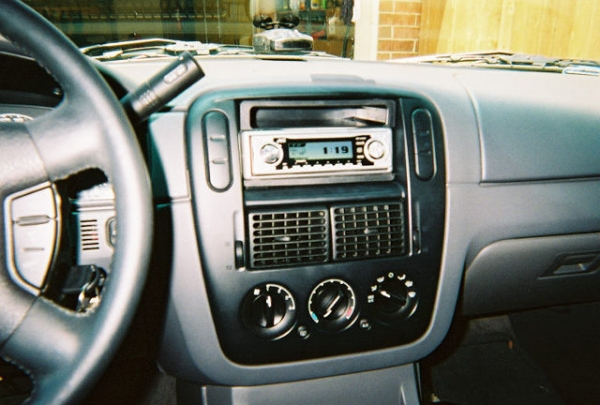 JVC KD-LH300 in my Explorer