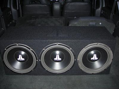 JL Audio 12w6v1's in custom Box